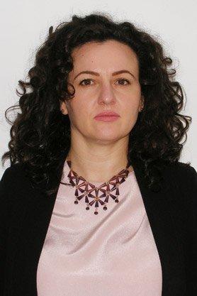 Dr. Lisman Ramona